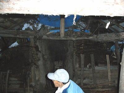 炭窯の修繕