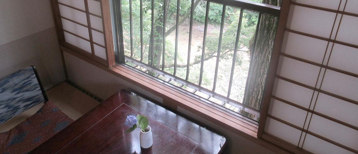 全室、中ノ沢川を眺められます。